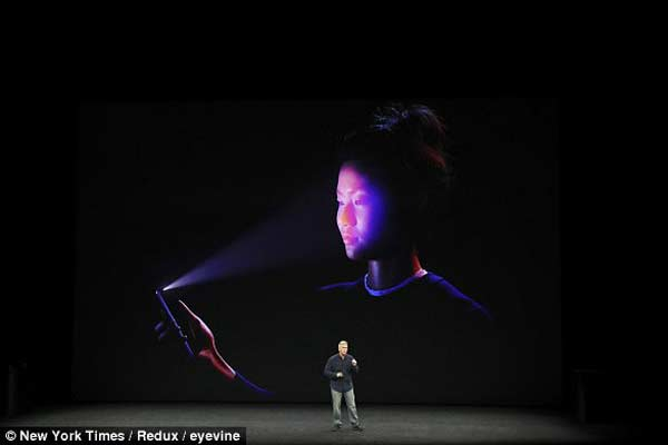 Apple to add FaceID in all iPhones next year