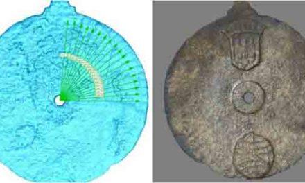 Shipwreck find 'earliest navigation tool'