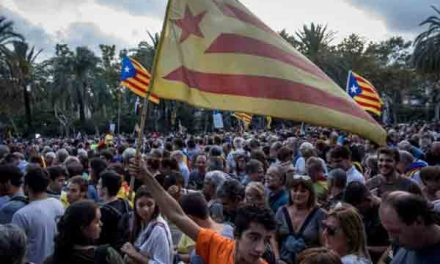 Spain makes clear threat on Catalan rule