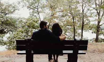 How to have a happy relationship without losing yourself