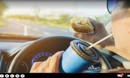 Why you shouldn't eat food while on the move