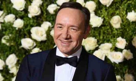 Netflix to end House of Cards amid Spacey claim