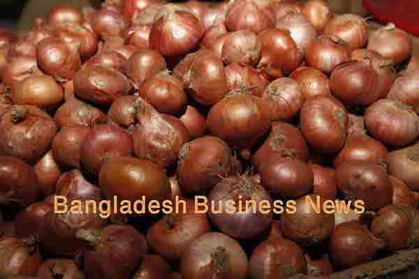 Imported onion prices fall BDT 5 in Dhaka
