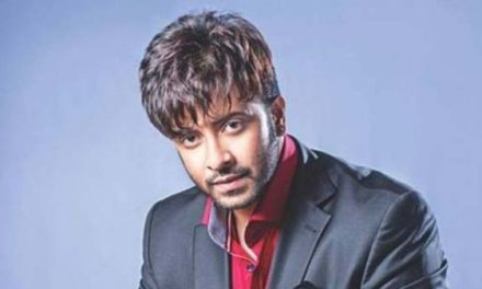 Rickshaw driver sues star Skakib Khan over phone calls