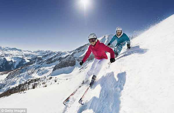 How to find hot deals for a cool skiing trip by travelling