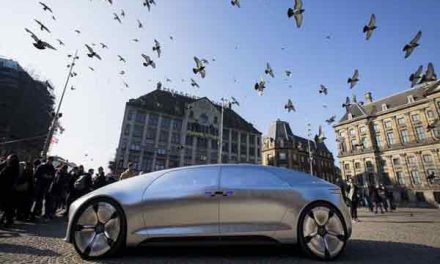 Driverless cars on UK roads by 2021