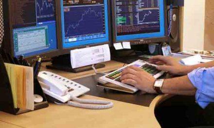 Indian Sensex slumps 281 points