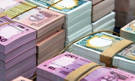 Currency outside banks pushes down excess liquidity ahead of polls